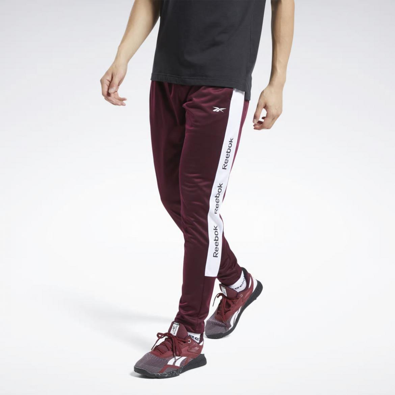 Higgins de ahora en adelante Haciendo  Pantalones   Pantalón de chándal Training Essentials Maroon   Reebok Hombre    East End Expressions